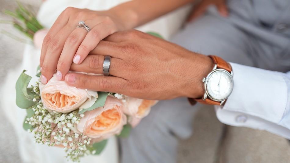 Pareja se casa en hospital y horas después el marido fallece de coronavirus