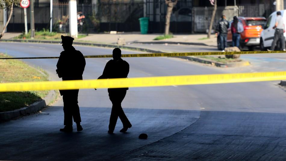 Detienen a sujeto armado en Recoleta: Habría realizado disparos durante toque de queda