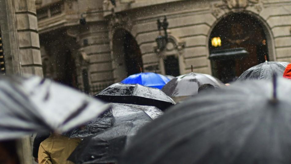 Santiago con chubascos por la tarde: Revisa el pronóstico del tiempo
