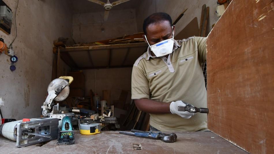 OIT advierte que más de la mitad de trabajadores del mundo podrían perder sus medios de subsistencia
