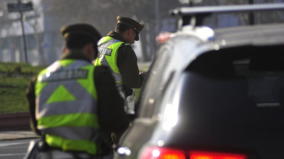 Comienza la restricción vehicular en Santiago: Revisa dígitos y el calendario de mayo