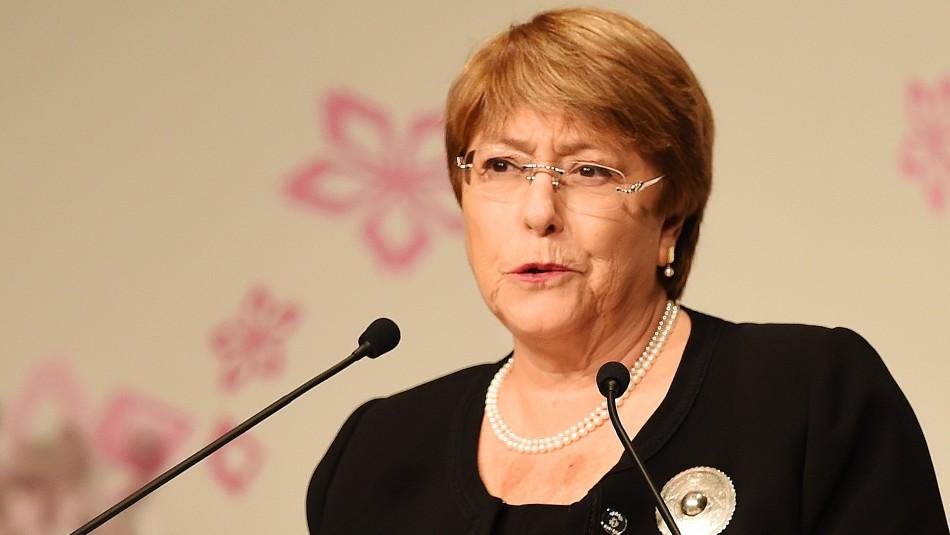 Bachelet por carnet covid del Minsal: No he leído en ninguna parte cuánto tiempo la inmunidad es segura