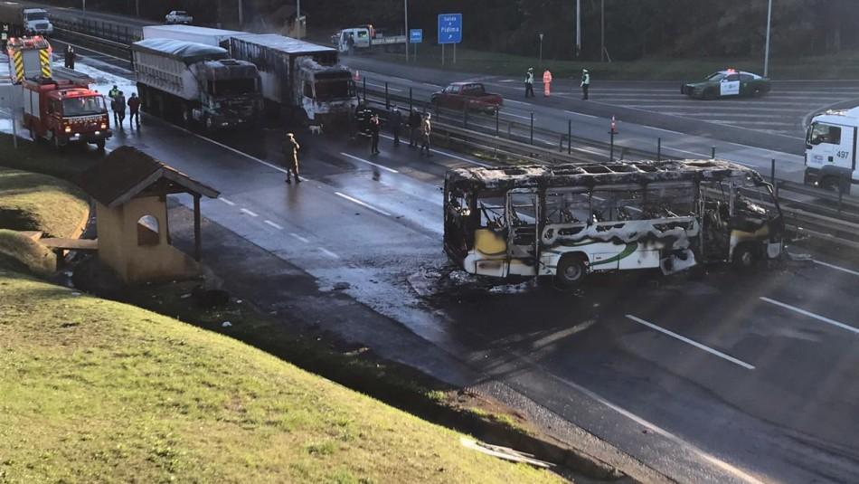 Operativo policial tras ataque incendiario contra dos camiones y un bus en Ercilla