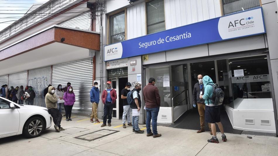 Abril registró más de 238 mil despidos: RM, Biobío y Valparaíso las regiones más afectadas