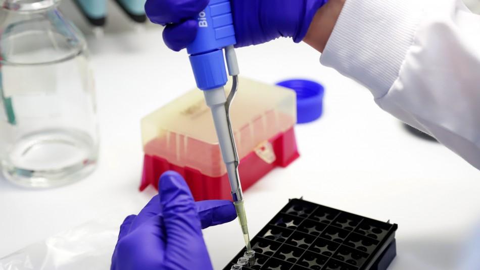 Informe epidemiológico: Santiago es la comuna con más casos activos de coronavirus en la RM
