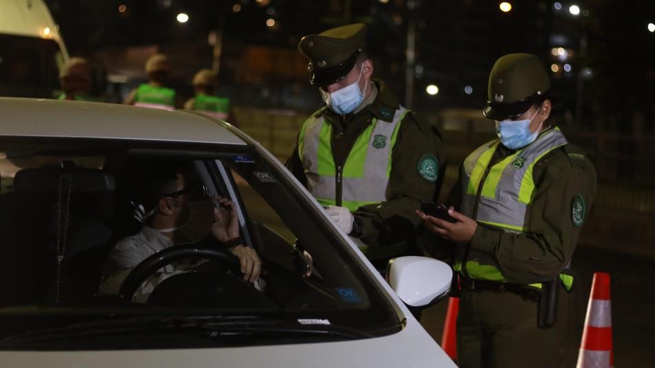Carabineros informó que se registraron 739 detenciones por no respetar el toque de queda