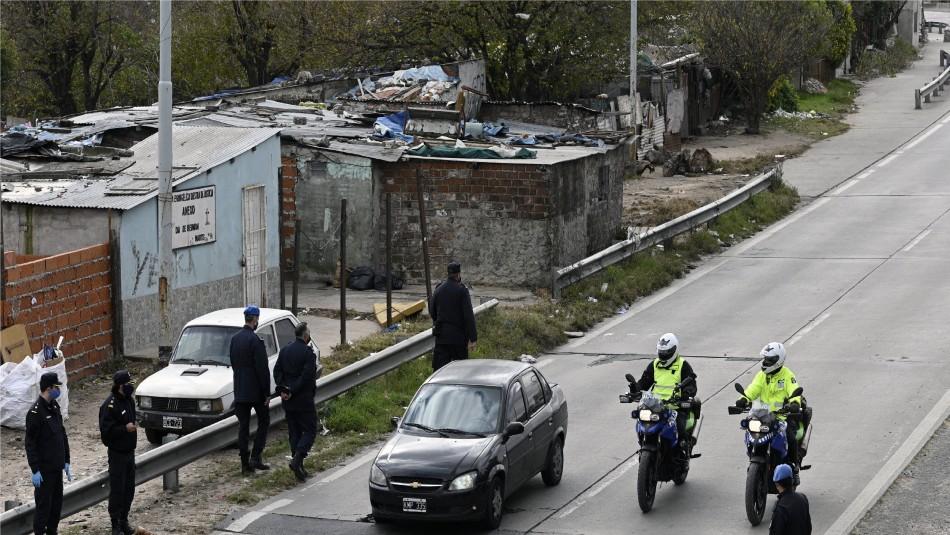 Sujetos eran perseguidos por violar la cuarentena y la policía descubrió que eran secuestradores