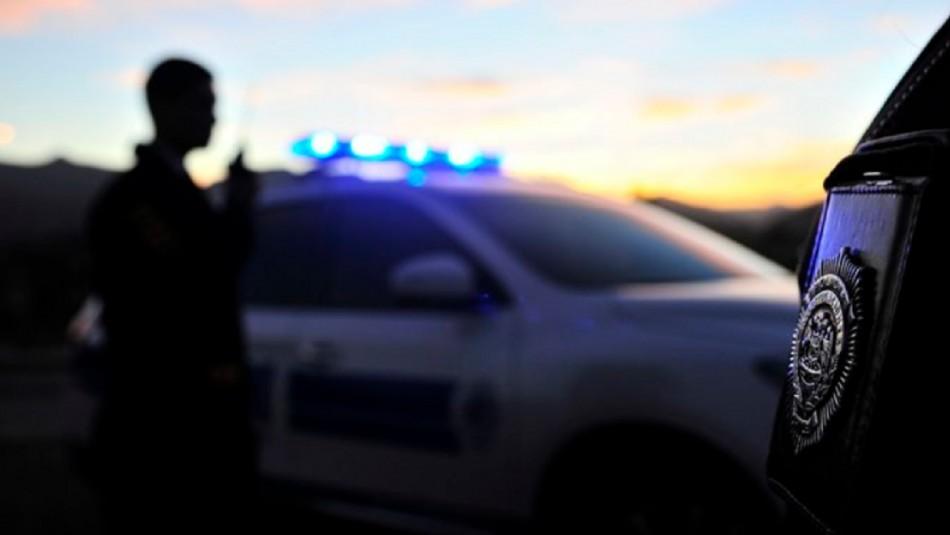 PDI detuvo a tres sujetos en Santiago: Infringieron cuarentena, portaban armas y gran cantidad de dinero