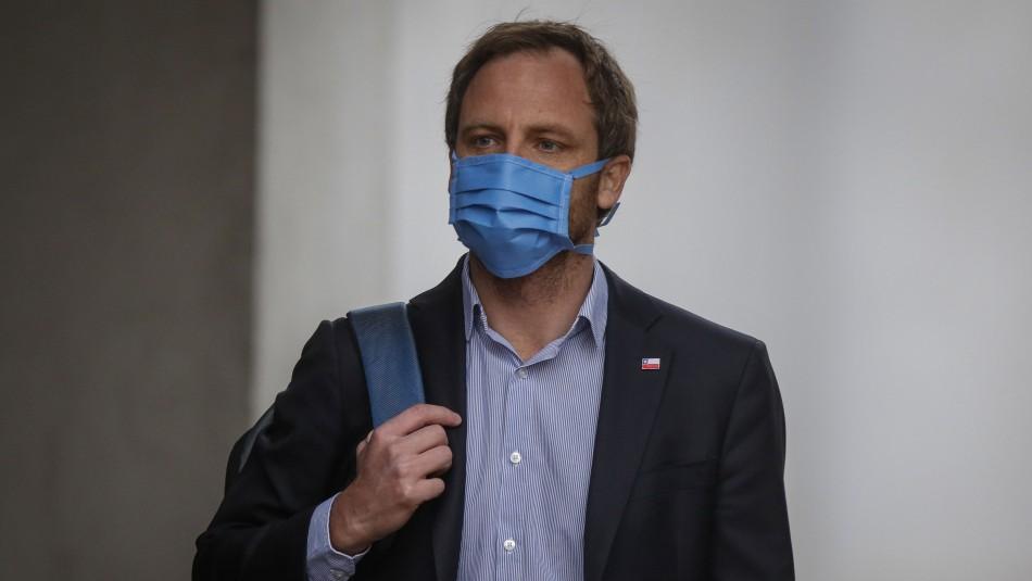 Subsecretario entrega razones para no mantener cuarentena tras contacto estrecho con contagiado por coronavirus