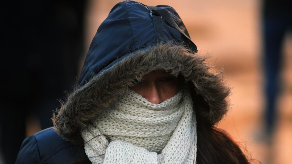 Semana fría en Santiago: Se esperan heladas y temperaturas bajo cero en algunos sectores