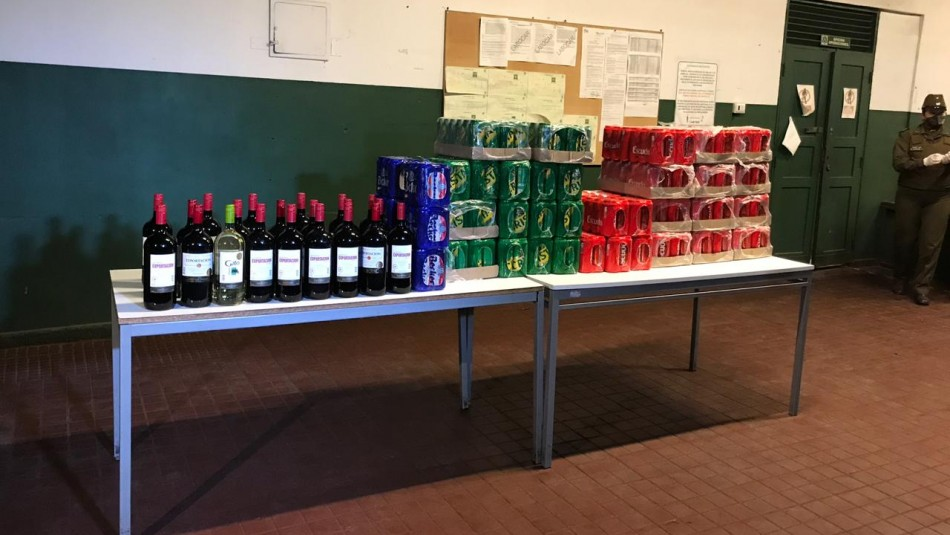 Local de venta clandestina de alcohol funcionaba en Lo Barnechea en pleno toque de queda