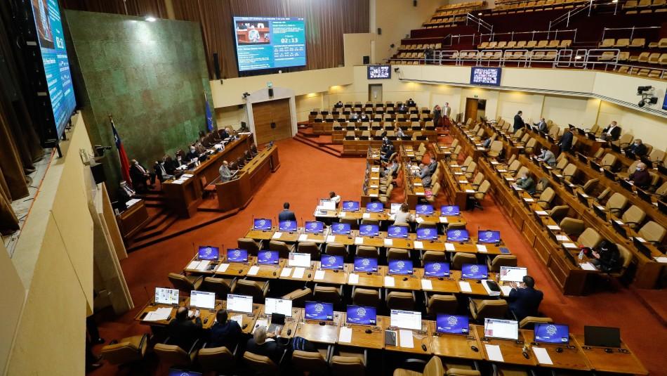 Despachan a Ley proyecto que limita la reelección de autoridades: Aprobado con retroactividad