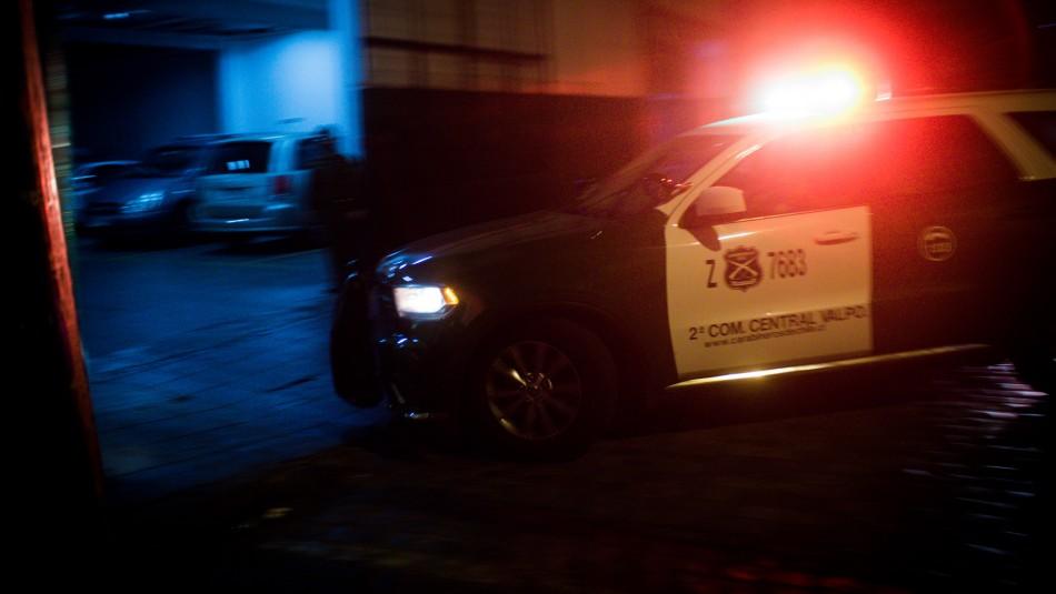 Violento asalto en Las Condes: Sujetos maniatan y amenazan de muerte a un niño