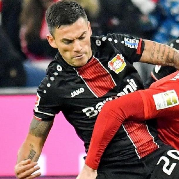 Sigue el partido del Leverkusen de Charles Aránguiz que desafía al Bayern Munich en Alemania