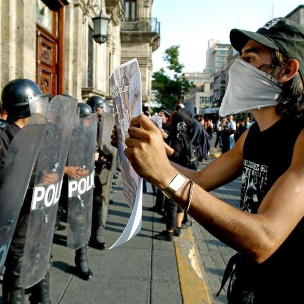 Detienen a tres policías en México por la muerte de Giovanni López bajo custodia policial
