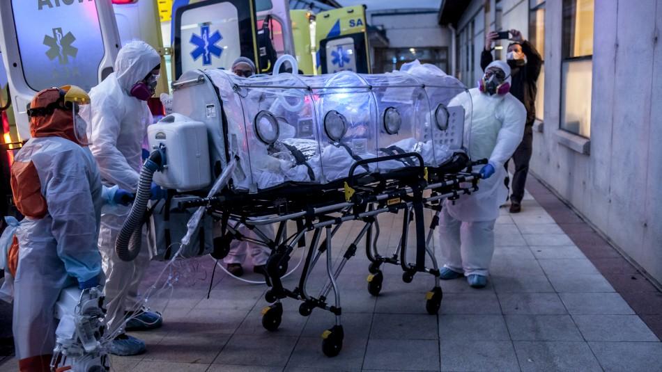 Trasladan a cuatro pacientes críticos contagiados con coronavirus a Osorno