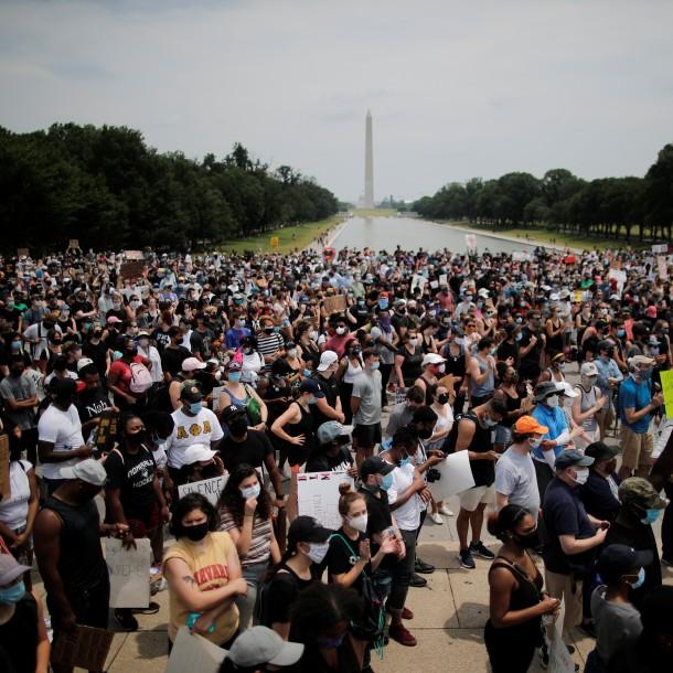 Washington y otras ciudades de EEUU protestan contra la brutalidad policial