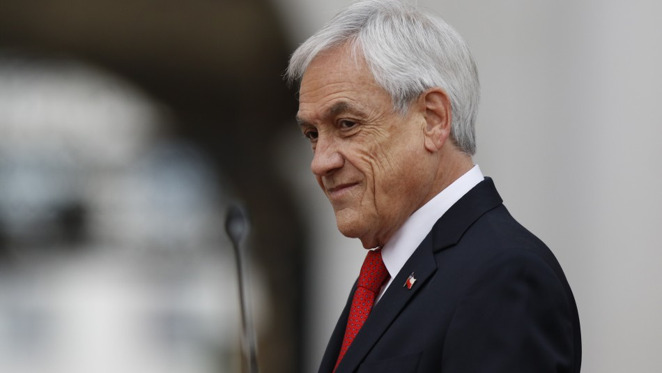 Cadem: Aprobación del Presidente Piñera cae y se ubica en 27%