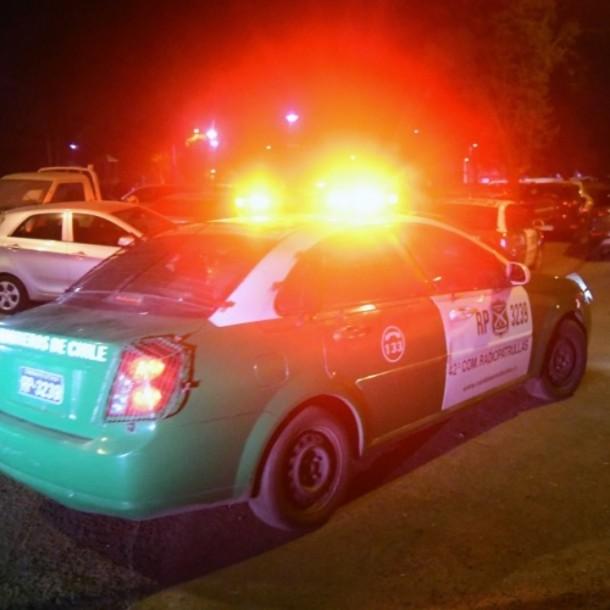 Detienen a tres personas por riñas y ataque a Carabineros frente a embajada de Colombia