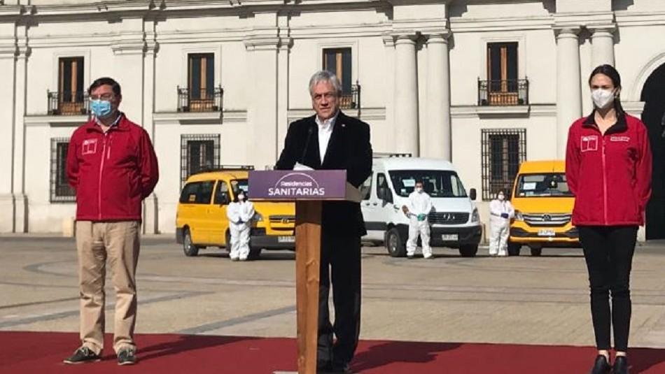 Piñera anuncia convenio con transportistas escolares para el traslado de personas a residencias sanitarias