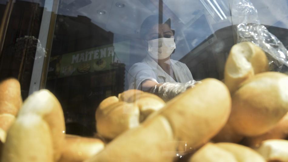 Fuertes alzas en los precios del pan y la harina complican a panaderías y consumidores