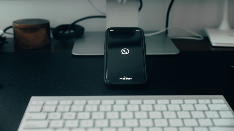 Cómo hacer videollamadas de hasta 50 personas por WhatsApp Web
