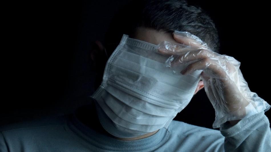 ¿Te sientes ahogado con la mascarilla? Médicos aclaran que no hay peligro