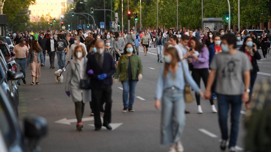 España impone el uso obligatorio de mascarilla hasta derrotar