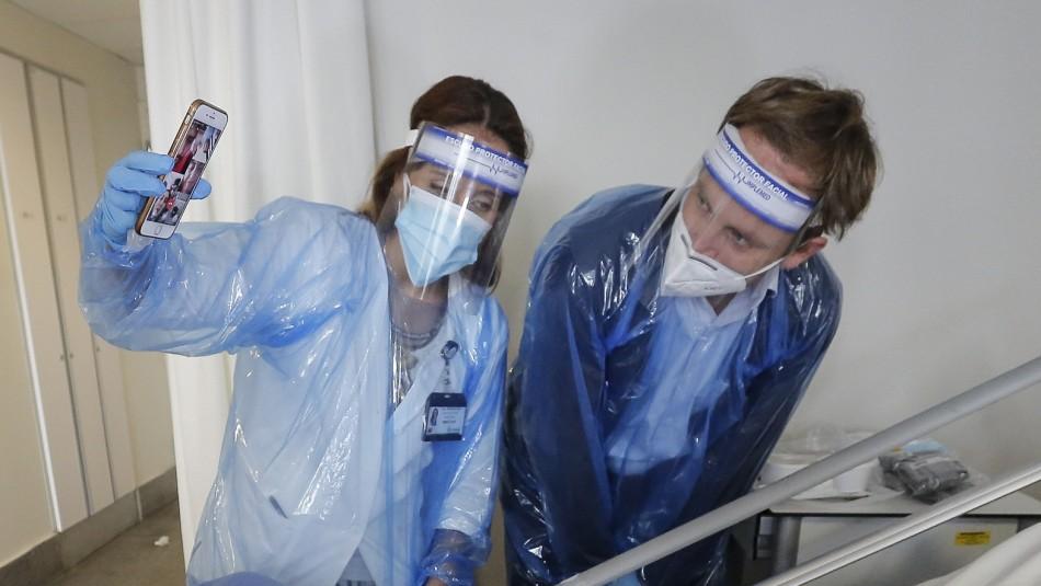 Entregarán tablets a hospitales para que pacientes con coronavirus se puedan comunicar con familiares