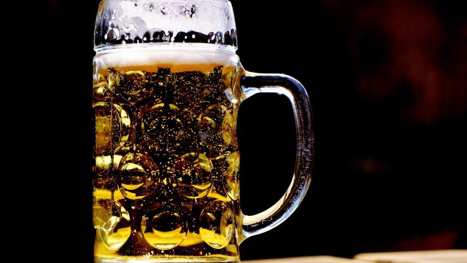 Diputados proponen al Gobierno una nueva forma de cobrar impuestos a las bebidas alcohólicas