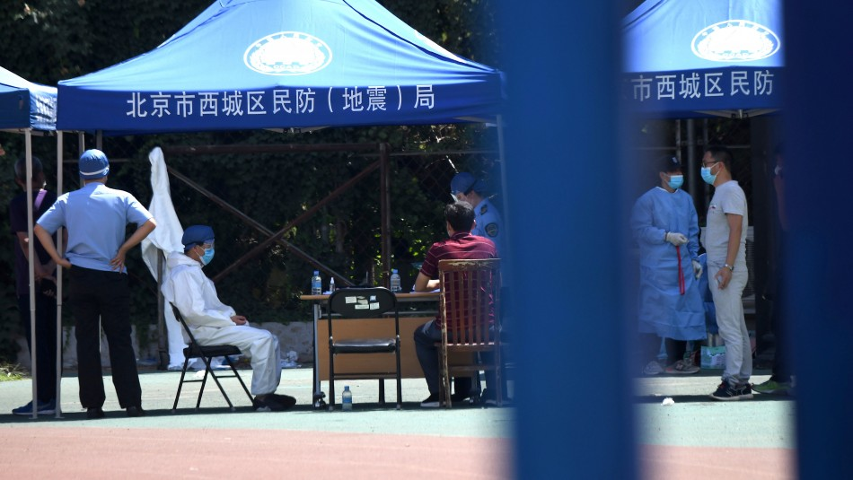 OMS confirma rebrote de coronavirus en China con más de 100 casos: