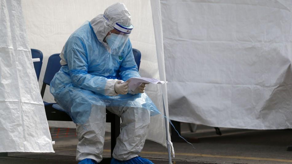 Chile supera los 200 mil contagiados por Covid-19: Minsal hace nuevo ajuste y suma 31 mil casos pendientes