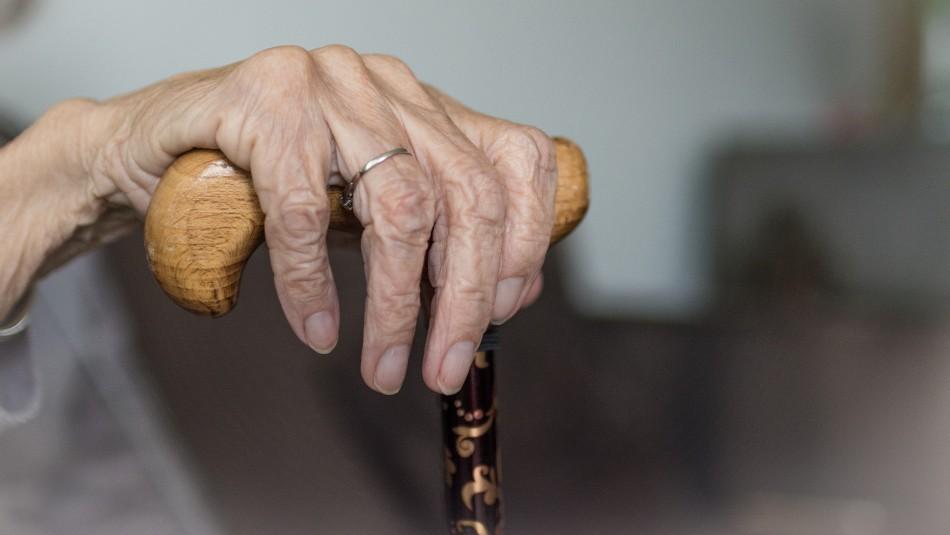Adultos mayores quedaron completamente solos en hogar de ancianos por brote de coronavirus