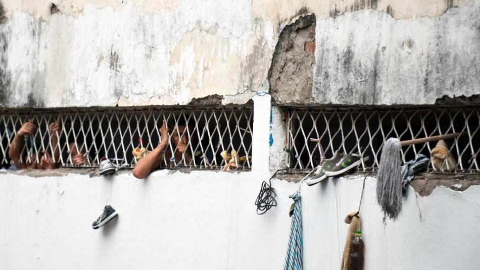 Congreso colombiano aprueba prisión perpetua para quienes violen y asesinen niños