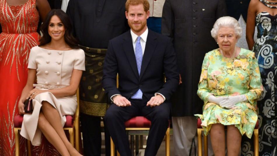 El lujoso regalo de la reina Isabel al príncipe Harry y Meghan pese a que
