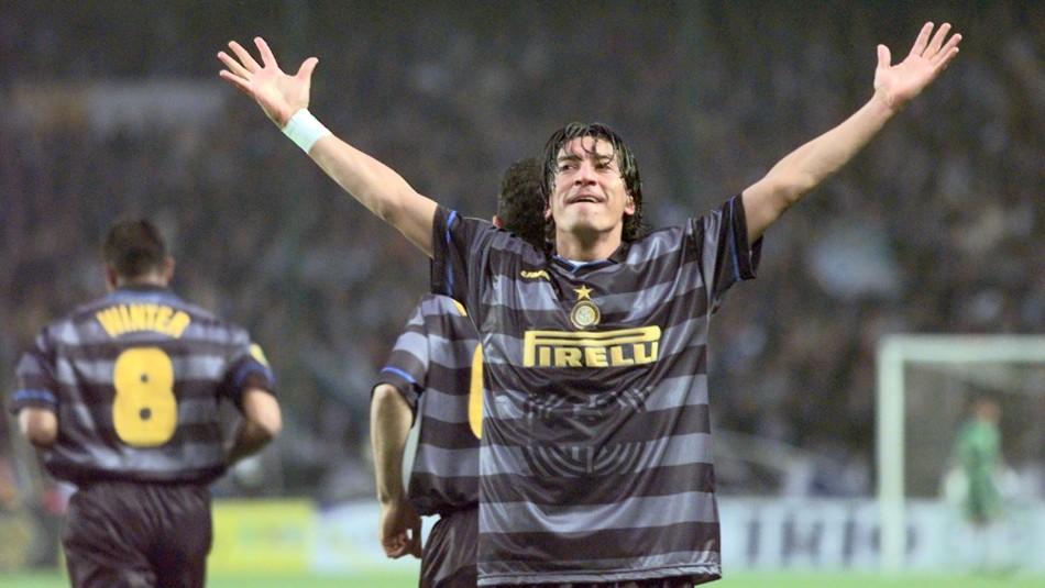 Iván Zamorano opta al Salón de la Fama del Inter.