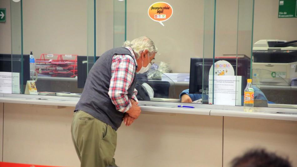 Subsecretario de Previsión Social: Las personas con plata en la AFP no tienen una necesidad mayor hoy