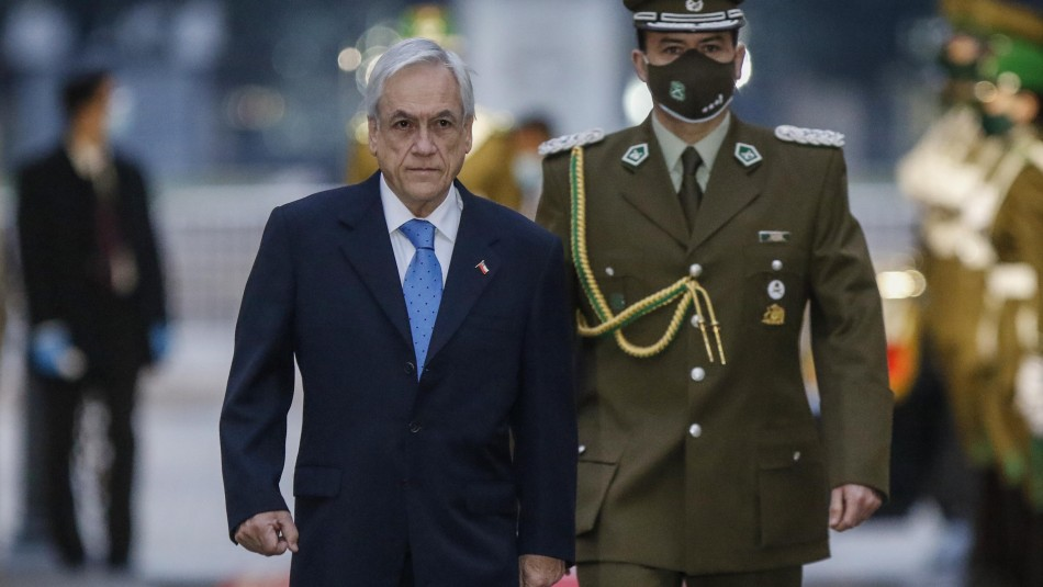 Piñera convoca a expertos para evitar proyectos inconstitucionales:
