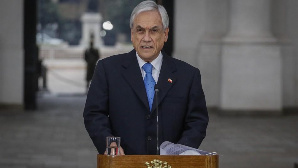 Cadem: Aprobación de Piñera llega a 27% y la del Gobierno frente al coronavirus a 40%