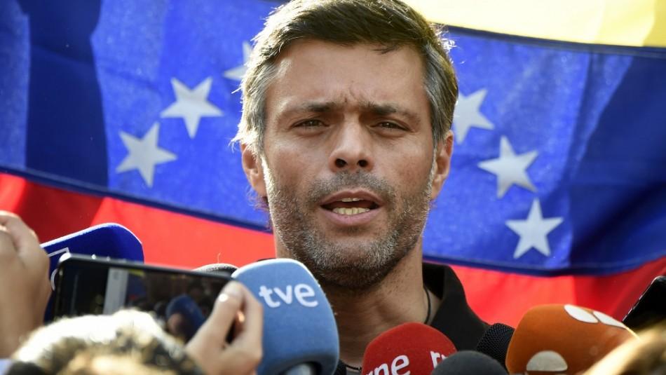 Venezuela acusa a líder opositor Leopoldo López de planear incursión armada