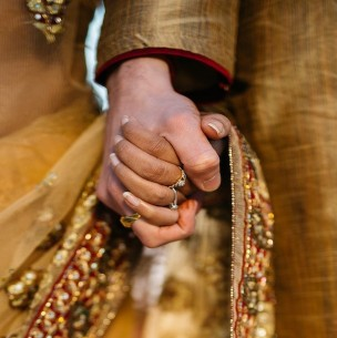 Una boda en la India dejó más de 100 infectados de coronavirus: El novio murió dos días después