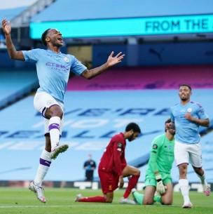 Manchester City de Claudio Bravo goleó al campeón Liverpool en la Premier League