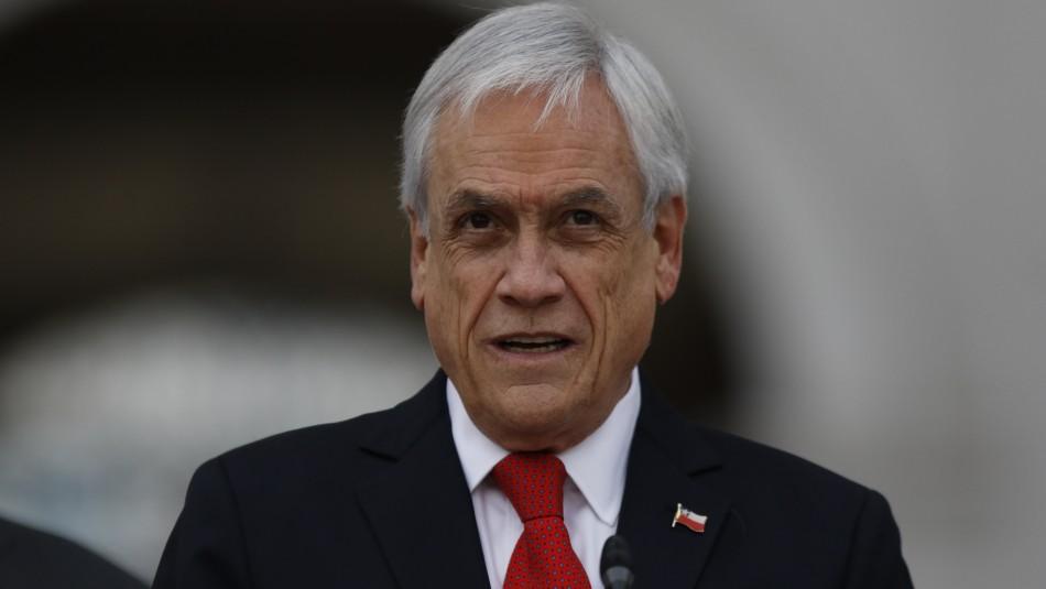 Piñera promulga ley que limita la reelección de parlamentarios y alcaldes
