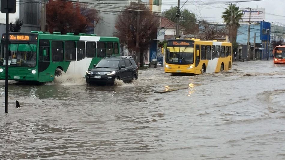 Baja la temperatura por lluvias en la capital: Se esperan que caigan entre 30 y 40 milímetros