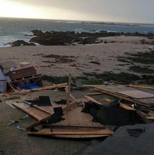 Fuertes vientos causan estragos en Punta de Tralca y se registra tromba marina en Quintay