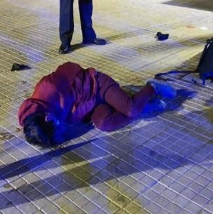 Sujeto que transitaba sin permiso temporal agredió con una piedra a inspector municipal de Las Condes