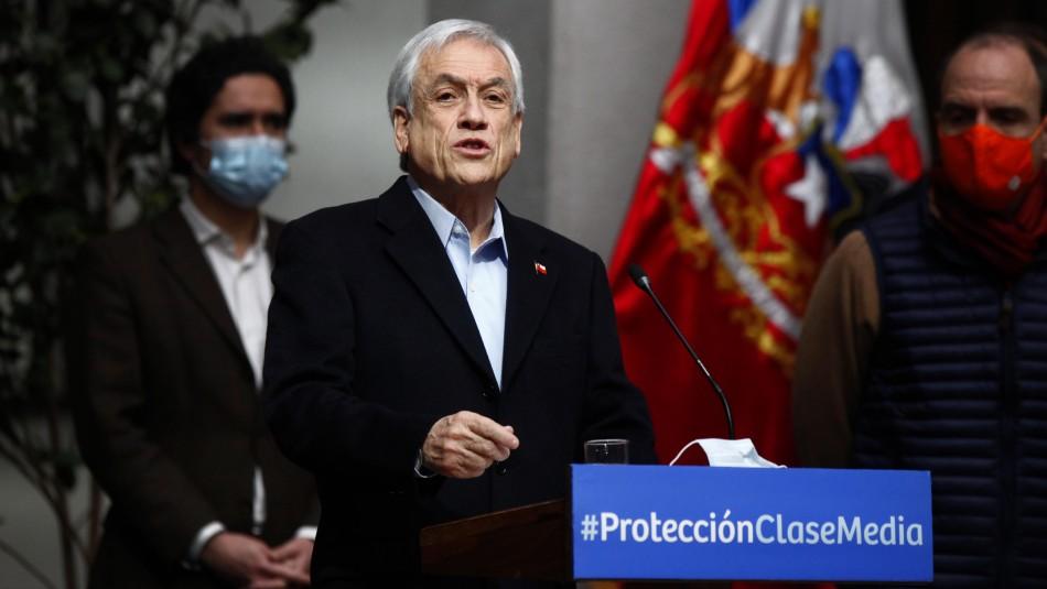 Piñera anuncia plan de apoyo a clase media: Incluye créditos para estudiantes y postergación de dividendos
