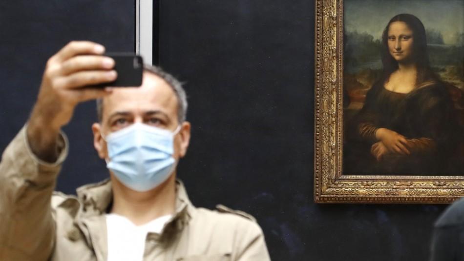 Museo Louvre de París reabre sus puertas solo para público europeo