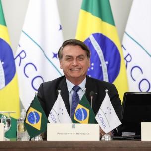 Bolsonaro sigue flexibilizando ley sobre uso de mascarillas: Ya no son obligatorias en las cárceles del país