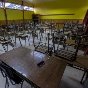Mineduc asegura que el año escolar podría extenderse hasta el 15 de enero